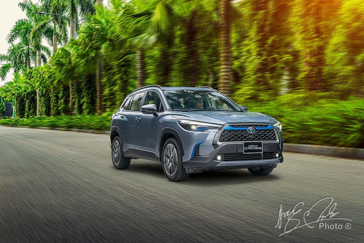 Khả năng vận hành của Toyota Corolla Cross 1.8HV 2020.