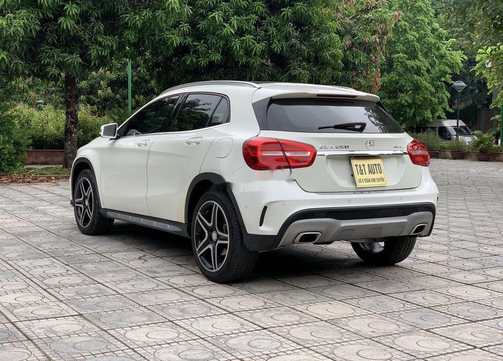 Bán Mercedes GLA 250 4matic sản xuất năm 2015, nhập khẩu nguyên chiếc (2)