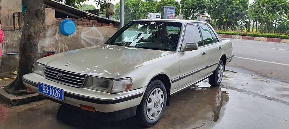 Bán ô tô Toyota Cressida 1993, nhập khẩu nguyên chiếc xe gia đình (1)