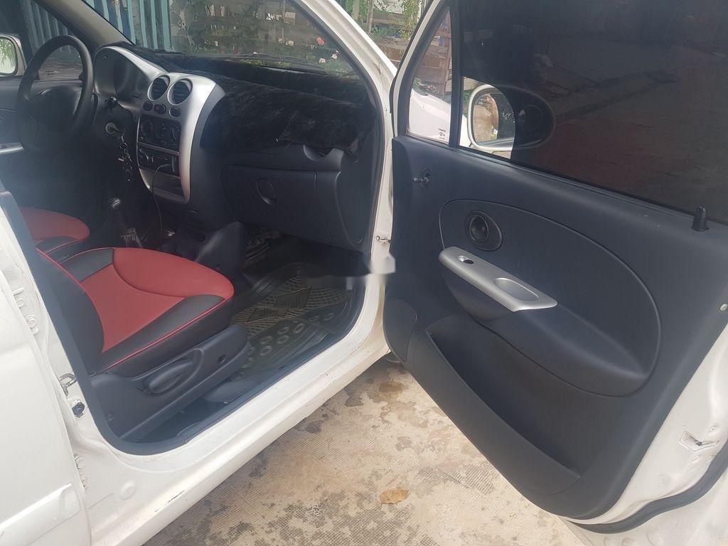 Cần bán Daewoo Matiz năm sản xuất 2005, màu trắng, số sàn (8)