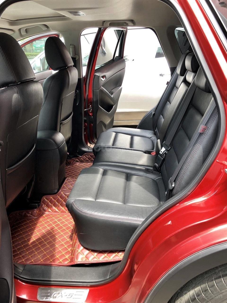 Không gian hàng ghế sau xe Mazda CX-5 2017 1
