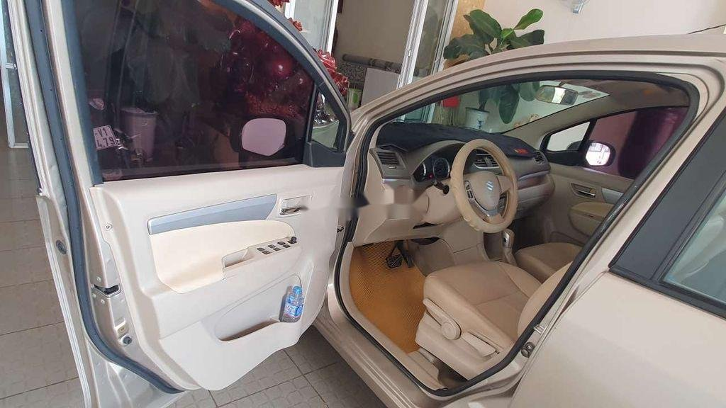 Cần bán Suzuki Ertiga đời 2015, nhập khẩu xe gia đình, 325 triệu (5)