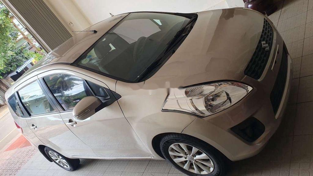 Cần bán Suzuki Ertiga đời 2015, nhập khẩu xe gia đình, 325 triệu (8)