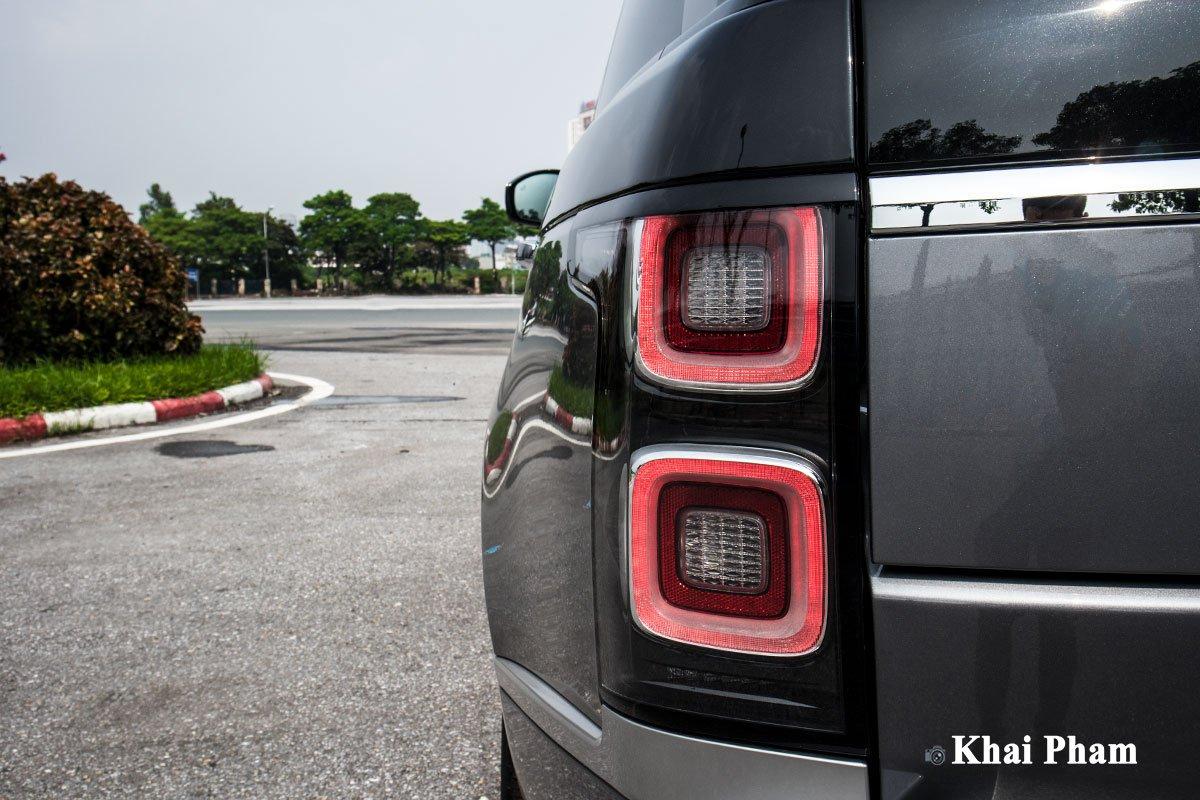 Ảnh Đèn hậu xe Range Rover SVAutobiography 2020