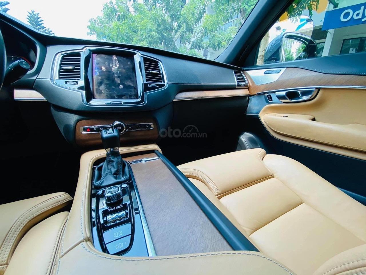 Bán ô tô Volvo XC90 2017 nhập khẩu Thuỵ Điển (11)