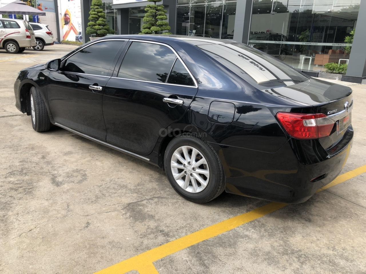 Camry 2.0E 2013 màu đen, giá còn thương lượng (11)