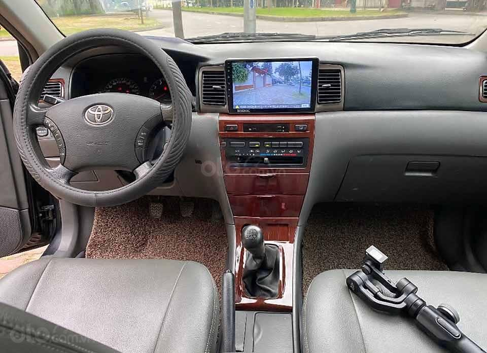 Cần bán xe Toyota Corolla sản xuất 2007, màu đen còn mới (5)
