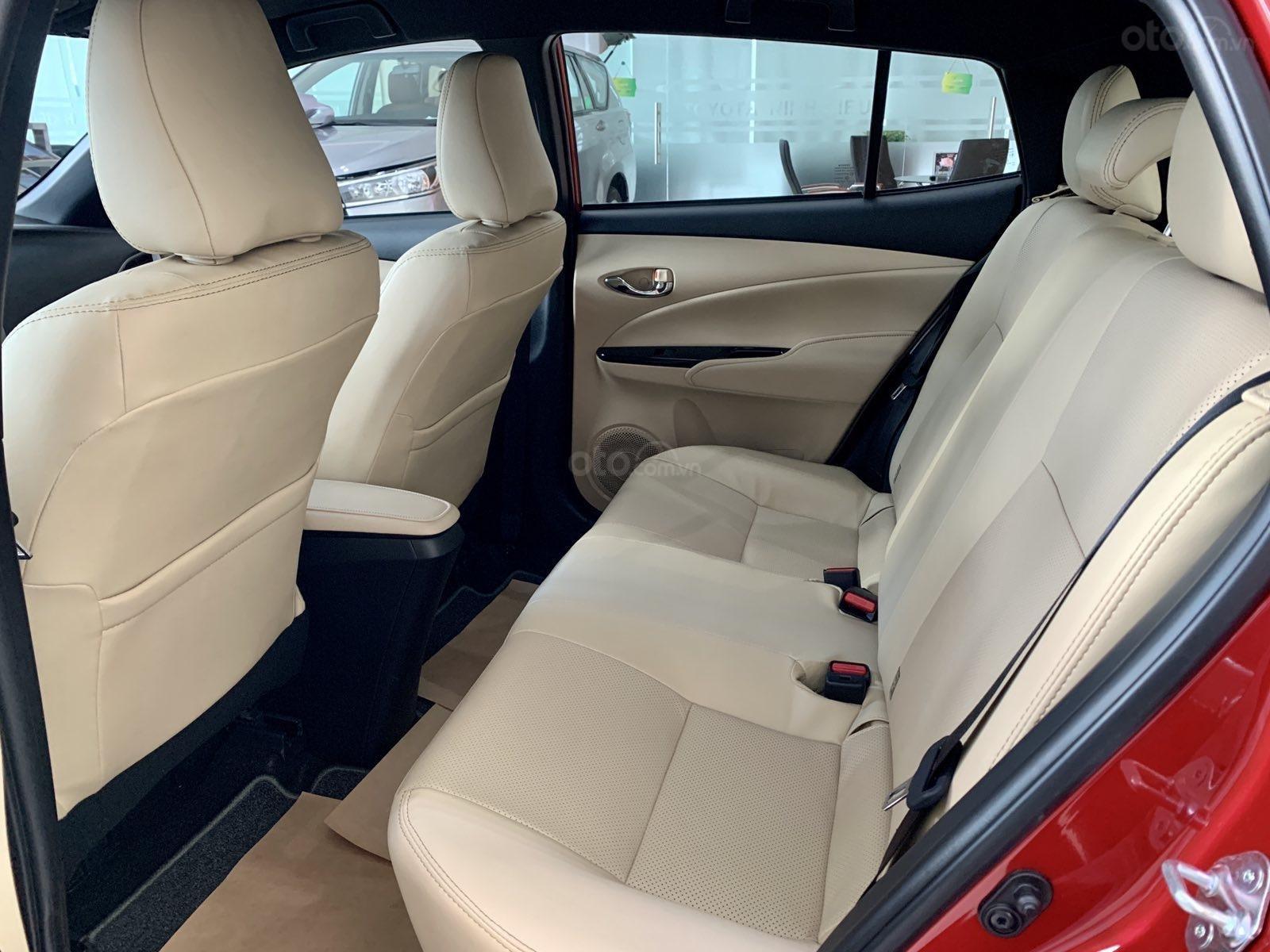 Bán Toyota Yaris 2020, màu đỏ, nhập khẩu Thái Lan (6)