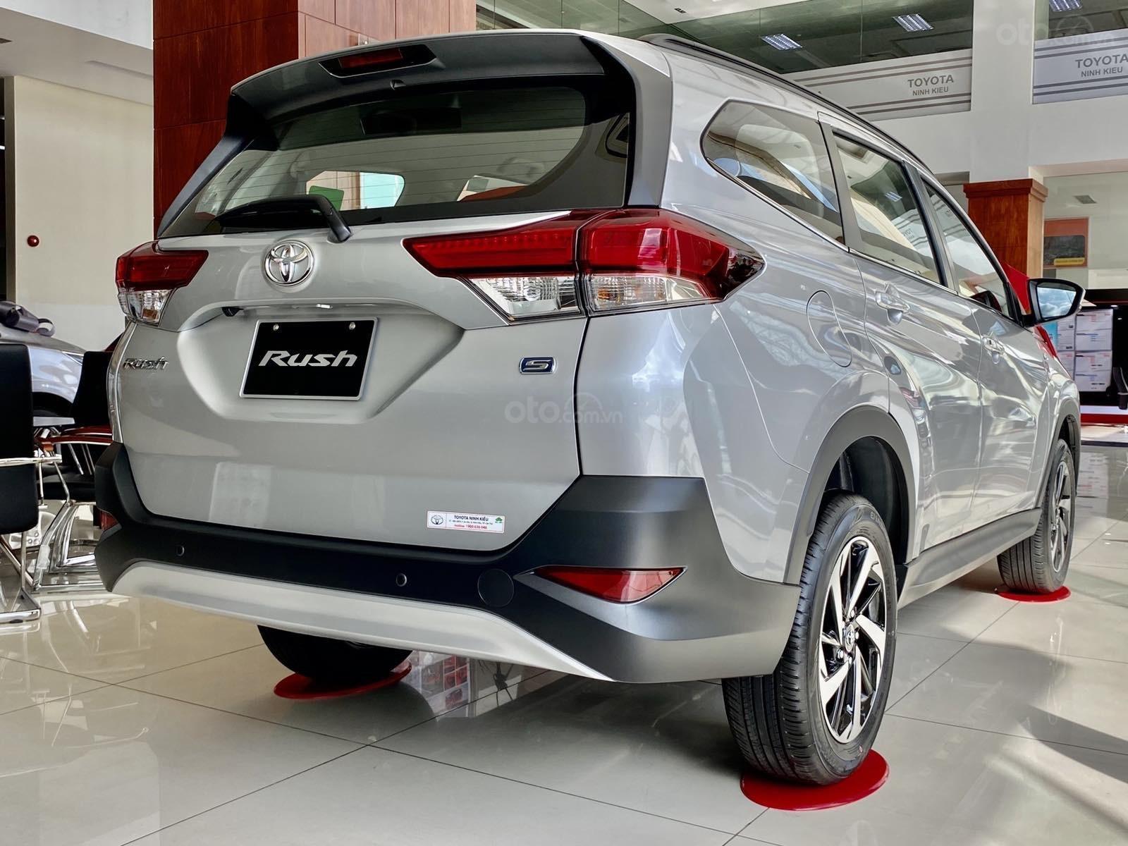 Bán Toyota Rush năm sản xuất 2020, giá tốt (4)