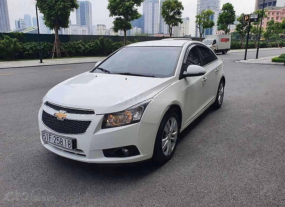Bán ô tô Chevrolet Cruze LTZ đời 2015, màu trắng   (1)