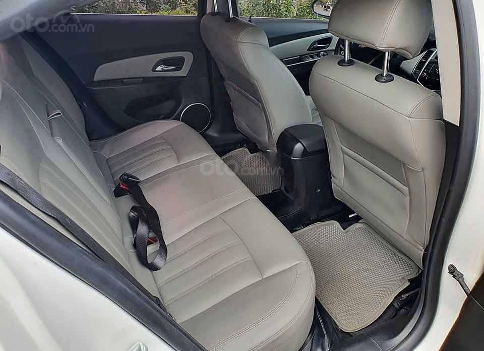 Bán ô tô Chevrolet Cruze LTZ đời 2015, màu trắng   (4)