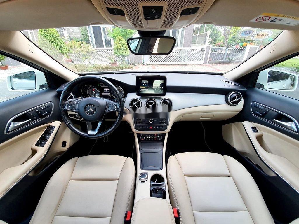 Cần bán lại xe Mercedes GLA200 năm sản xuất 2015, màu trắng (6)