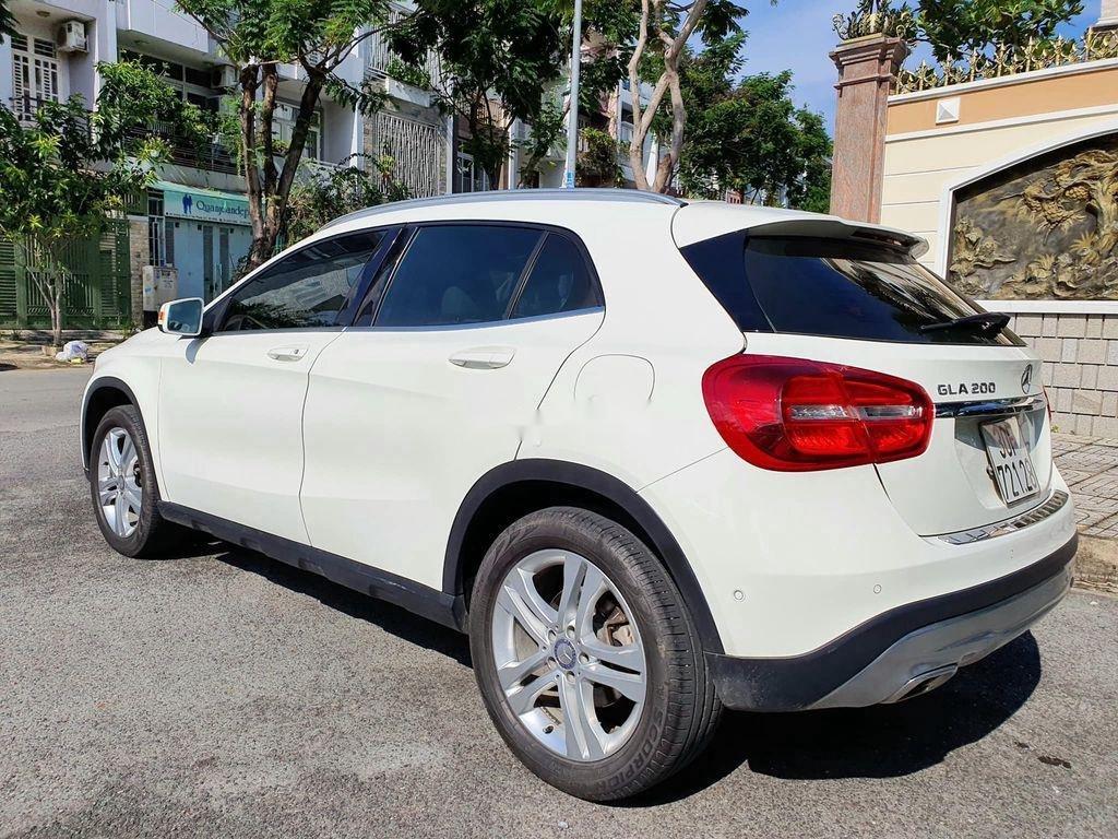 Cần bán lại xe Mercedes GLA200 năm sản xuất 2015, màu trắng (4)