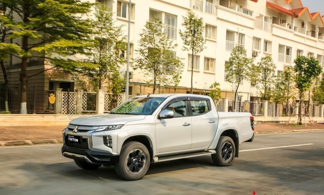 [Hot] Mitsubishi Triton 2020 giá tốt nhất Thái Nguyên, giảm tiền mặt, kèm KM khủng trả trước 150tr nhận ngay xe, đủ màu (3)