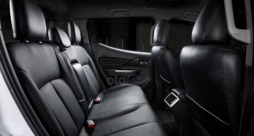 [Hot] Mitsubishi Triton 2020 giá tốt nhất Thái Nguyên, giảm tiền mặt, kèm KM khủng trả trước 150tr nhận ngay xe, đủ màu (9)