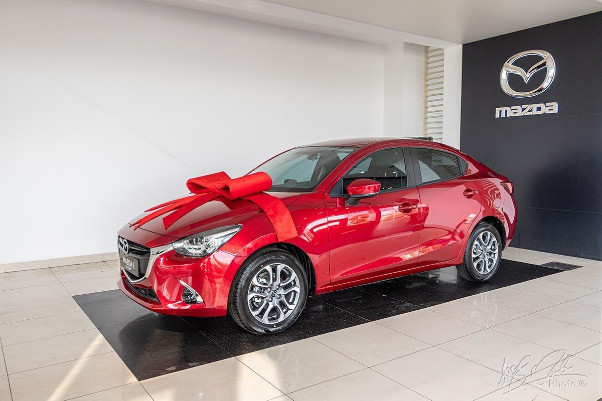 Mazda 2 sedan ưu đãi 50% lệ phí trước bạ trong tháng 09/2020 1