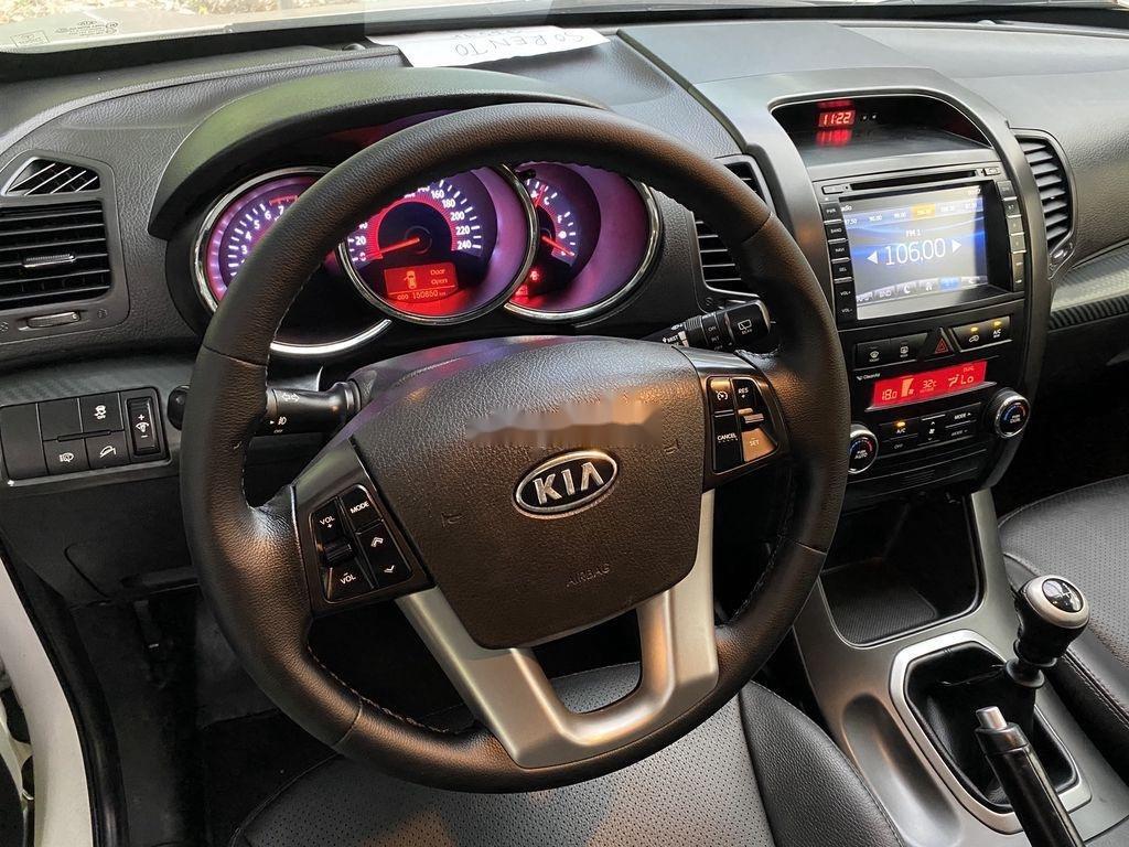 Bán ô tô Kia Sedona năm 2013 như mới (7)