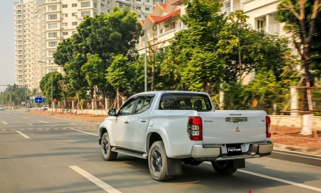[Hot] Mitsubishi Triton 2020 giá tốt nhất Thái Nguyên, giảm tiền mặt, kèm KM khủng trả trước 150tr nhận ngay xe, đủ màu (4)