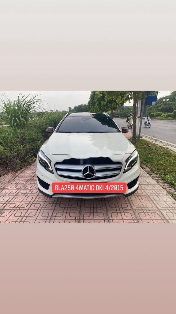 Bán xe Mercedes GLA250 4Matic năm 2014, màu trắng, nhập khẩu (1)