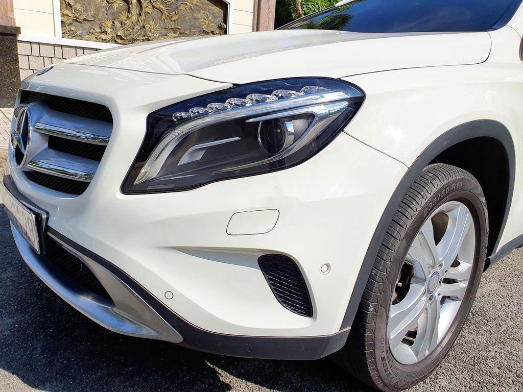 Cần bán lại xe Mercedes GLA200 năm sản xuất 2015, màu trắng (5)
