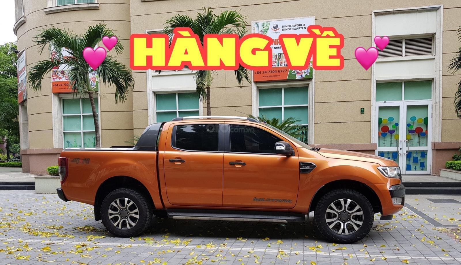 Cần bán Ford Ranger Wildtrak 3.2 màu cam (1)