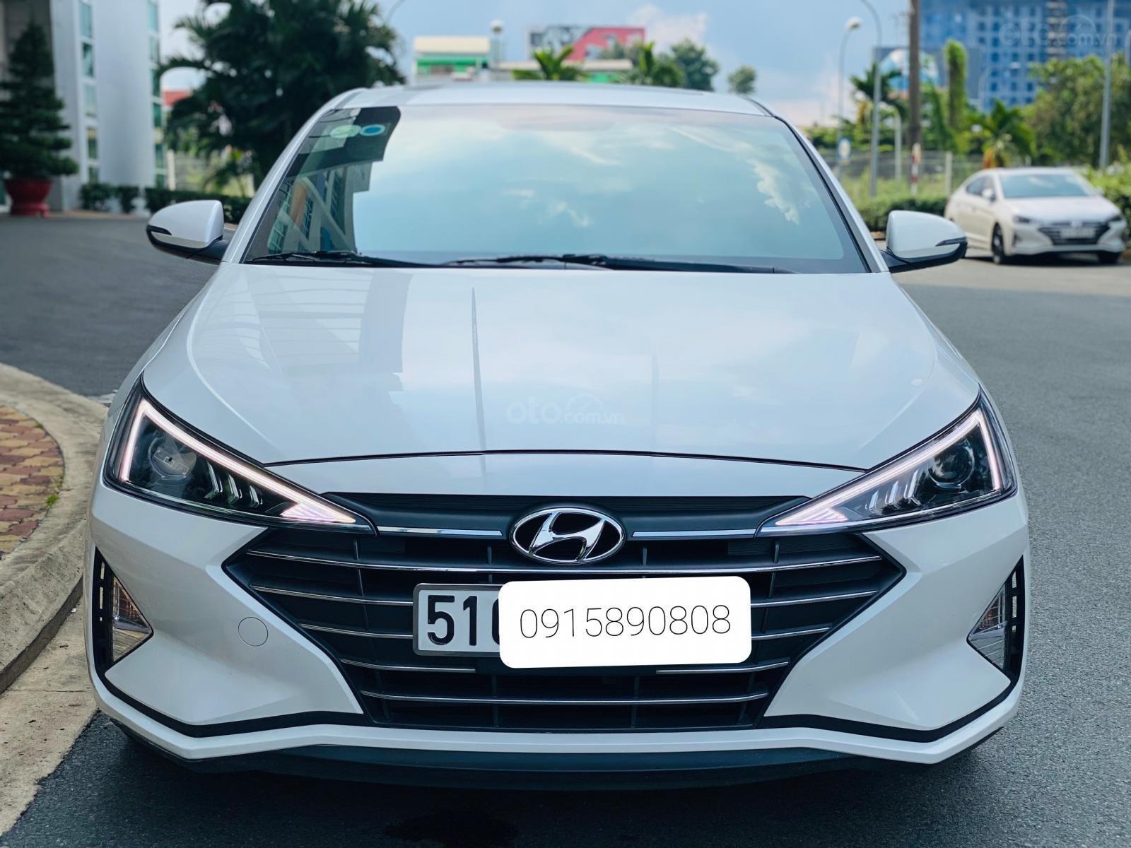Bán Hyundai Elantra 1.6 AT sản xuất 2019 (1)