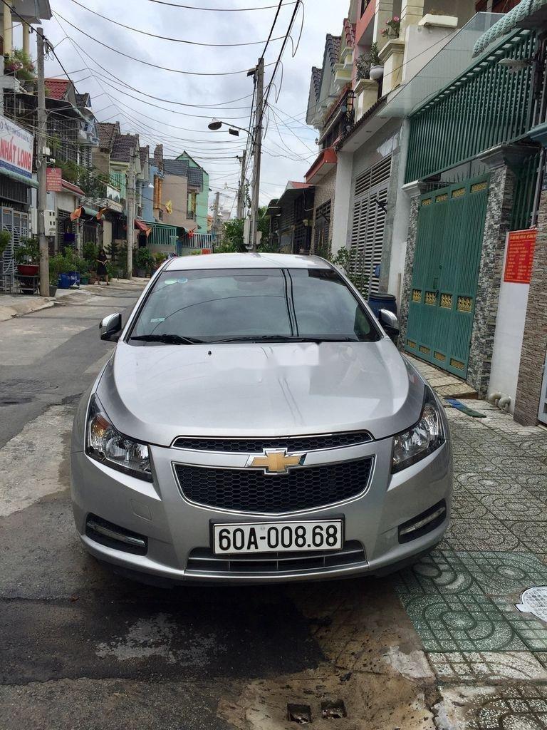 Bán xe cũ Chevrolet Cruze sản xuất năm 2011, số sàn (1)