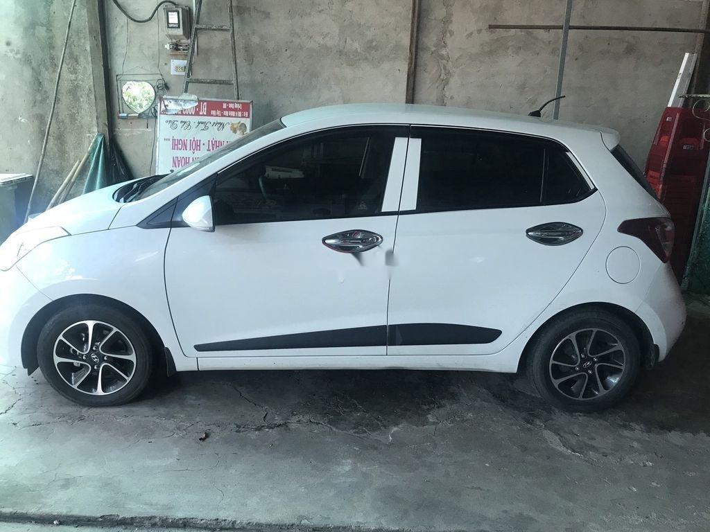 Bán xe Hyundai Grand i10 sản xuất năm 2018, màu trắng (1)