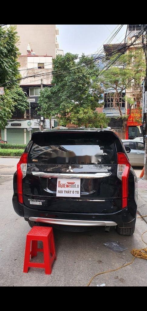 Bán xe Mitsubishi Pajero đời 2019, màu đen chính chủ, giá tốt (3)