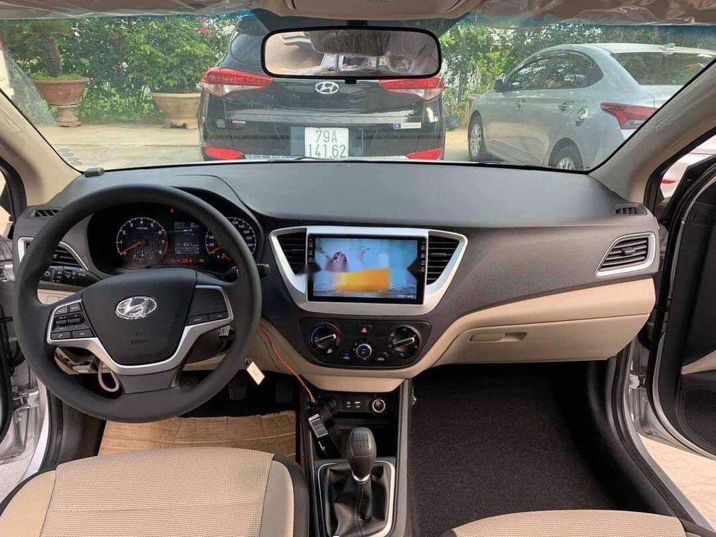 Cần bán xe Hyundai Accent đời 2020, giá chỉ 440 triệu (5)