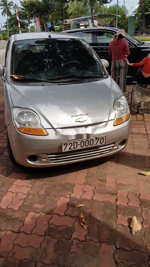Bán Chevrolet Spark Van đời 2011, màu bạc xe gia đình, 89 triệu (1)