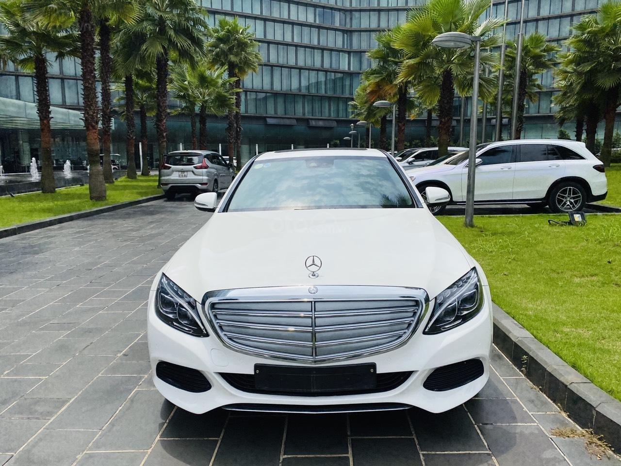 Mercedes C250 SX 2015 model 2016 màu trắng nội thất đen (1)