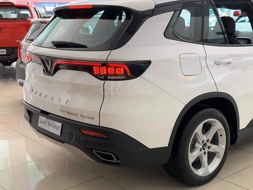 Bán xe VinFast LUX SA 2.0 SX 2020 (4)