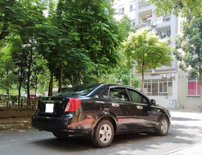 Daewoo Lacetti 1.6MT sản xuất 2011 (5)