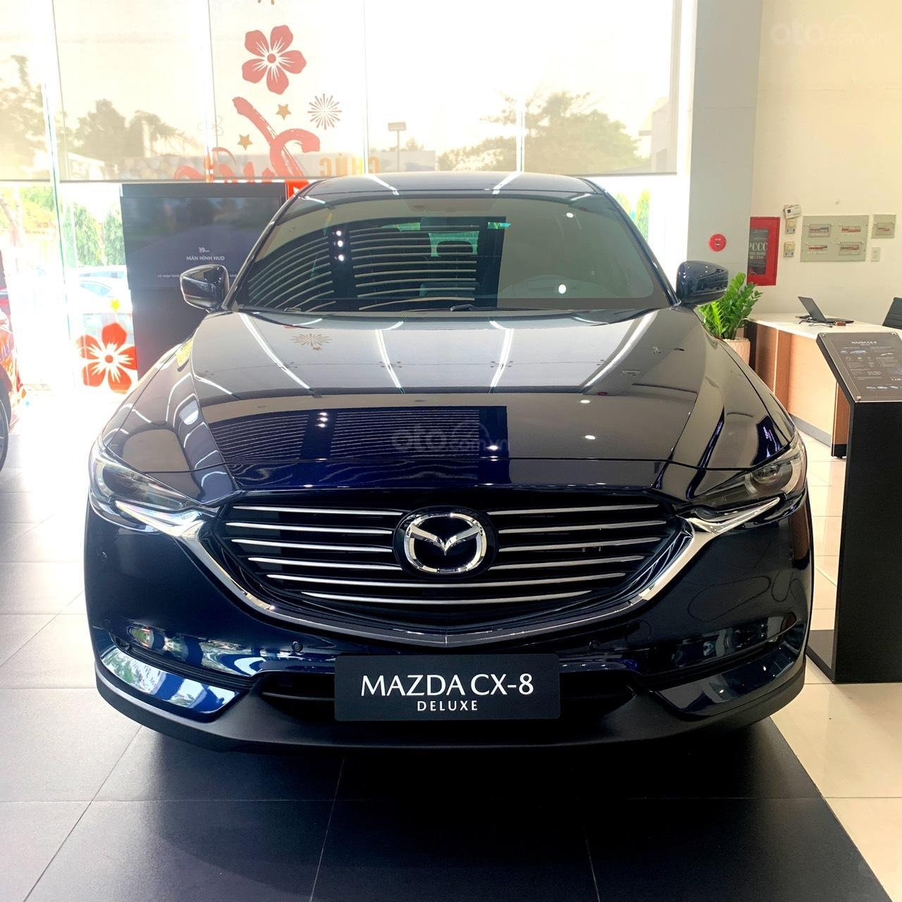 Mazda CX-8 ưu đãi 200tr + Quà tặng + Bảo hiểm 2 chiều (1)
