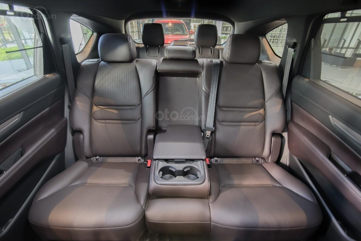 Mazda CX-8 ưu đãi 200tr + Quà tặng + Bảo hiểm 2 chiều (6)