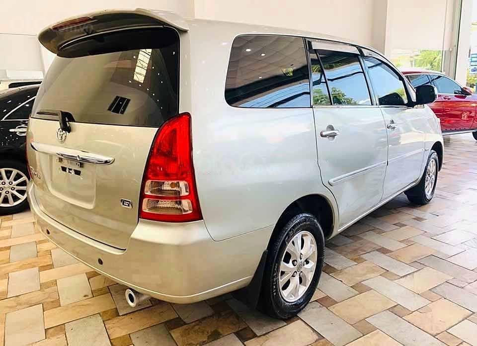 Cần bán lại xe Toyota Innova G 2007, màu bạc còn mới  (3)