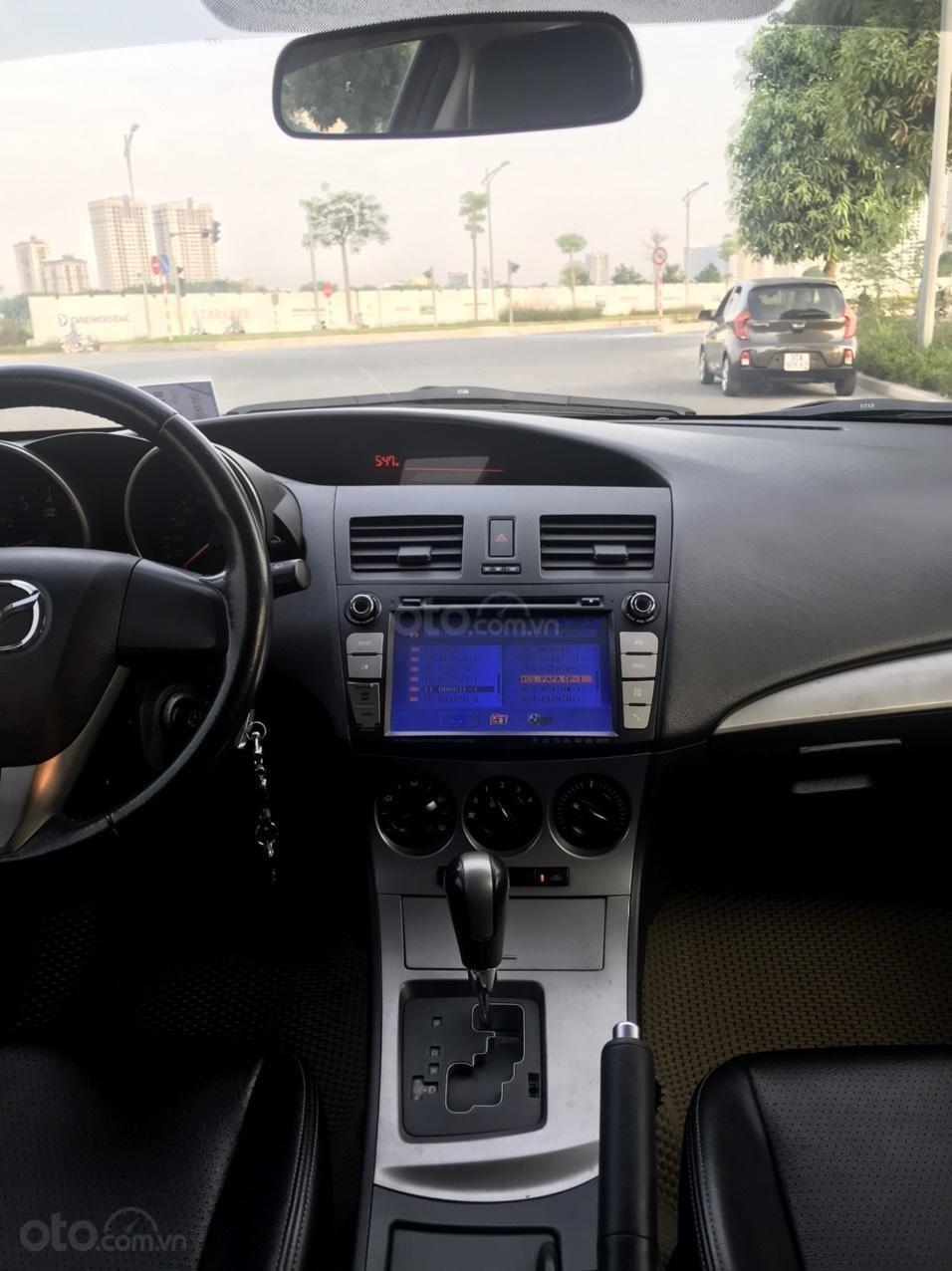 Cần bán Mazda 3 Hatchback 2010 màu đỏ chính chủ (8)