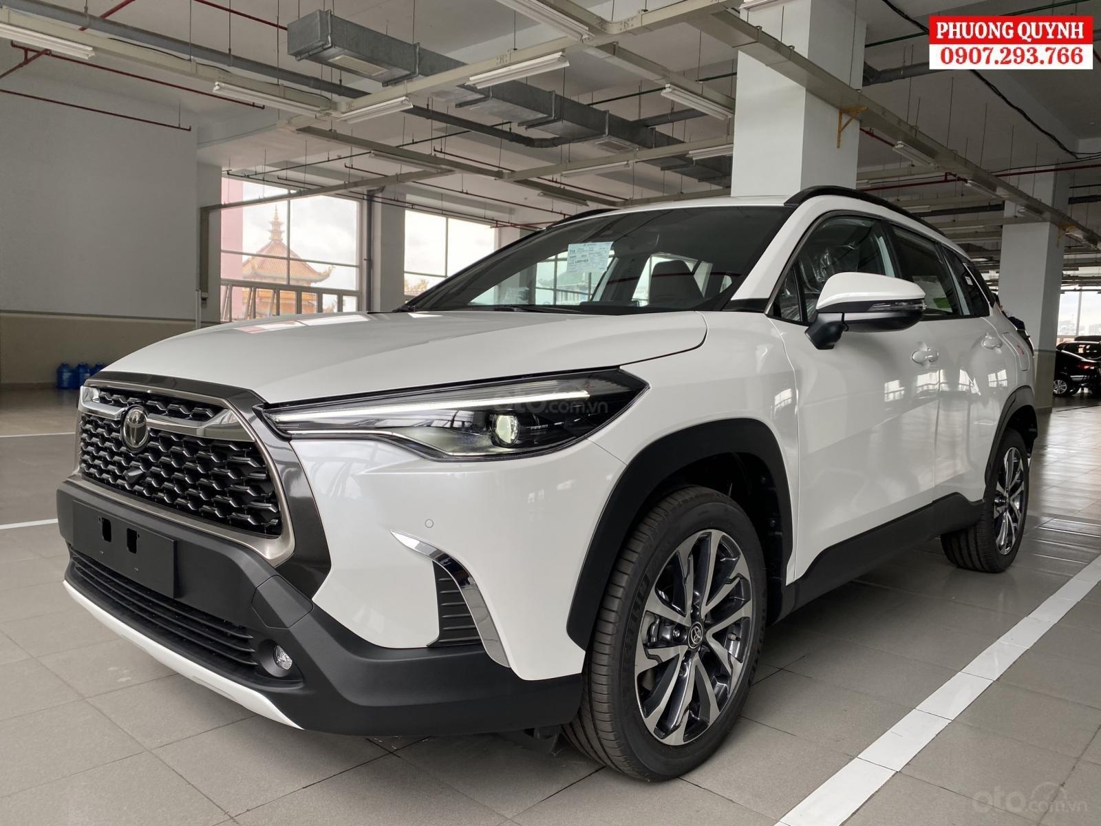Toyota Corolla Cross 2020 giao xe ngay, nhiều ưu đãi (1)
