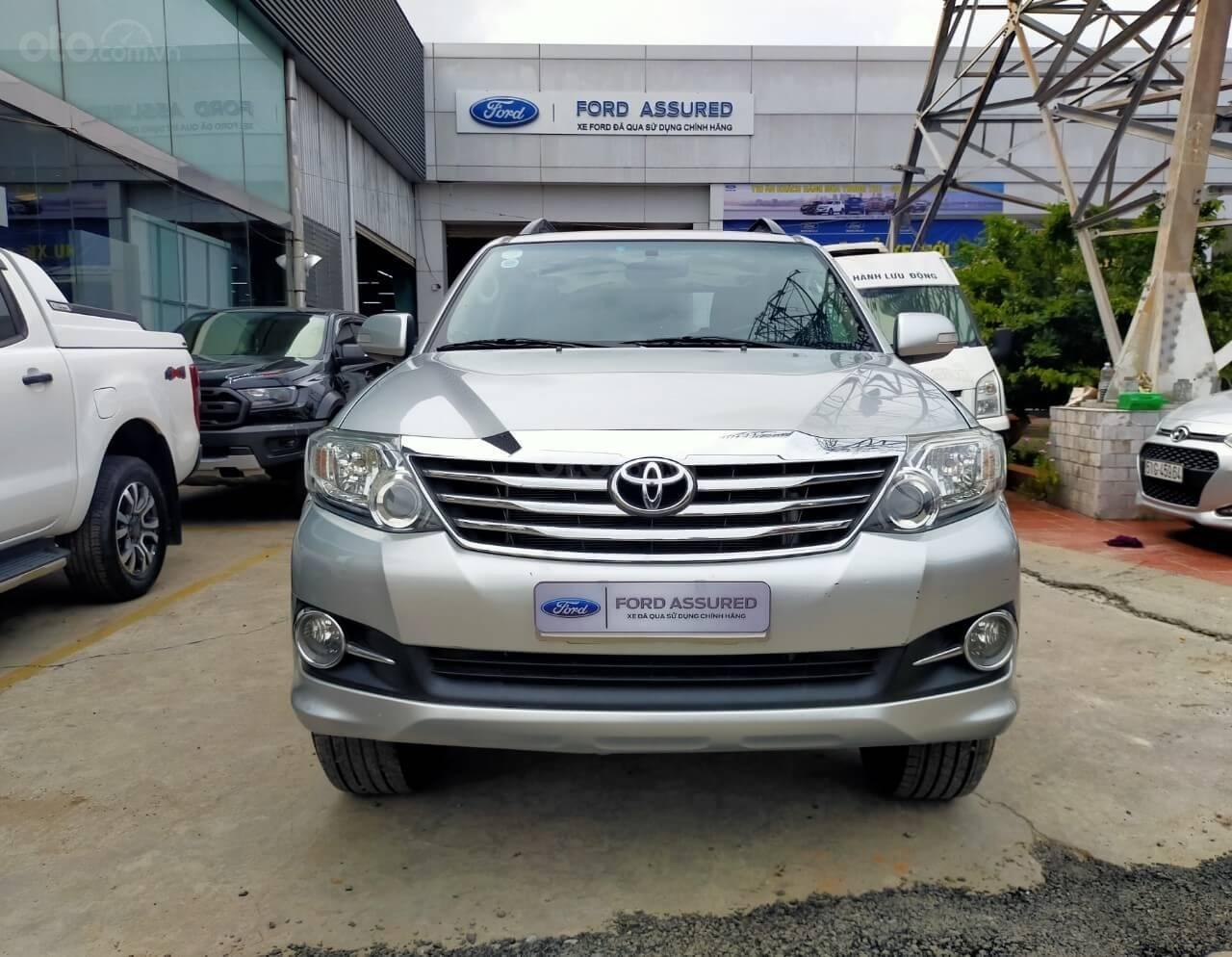 Toyota Fortuner 2.7V AT 2016 xe bán chính hãng (1)