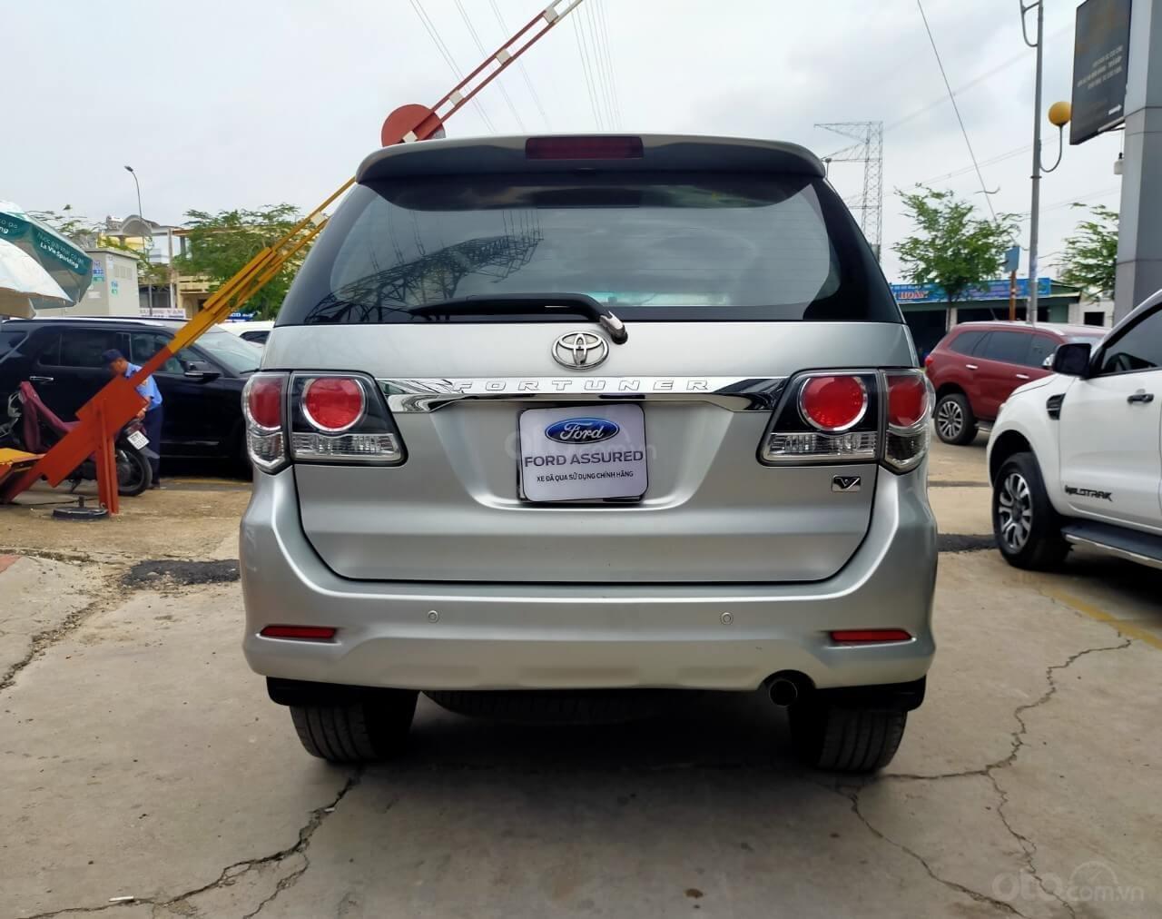 Toyota Fortuner 2.7V AT 2016 xe bán chính hãng (3)