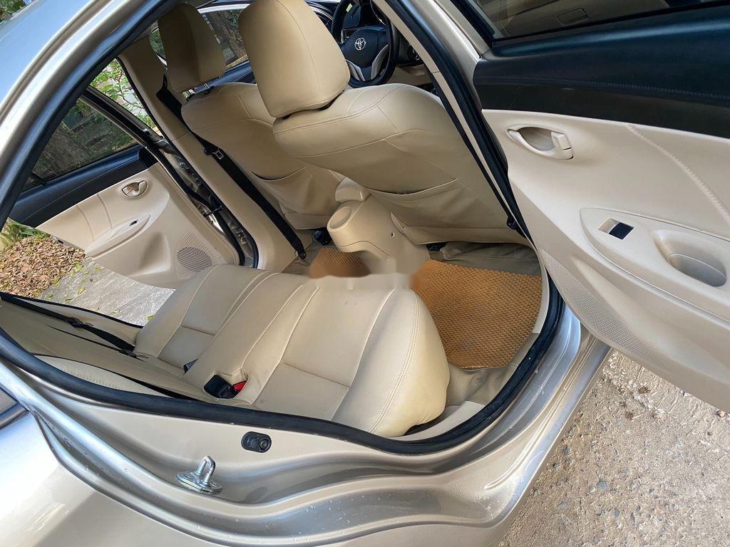 Cần bán lại xe Toyota Vios đời 2015, 335 triệu (7)