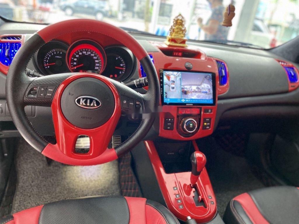 Cần bán xe Kia Cerato 2.0 AT đời 2009, màu đỏ, dáng Coupe (8)