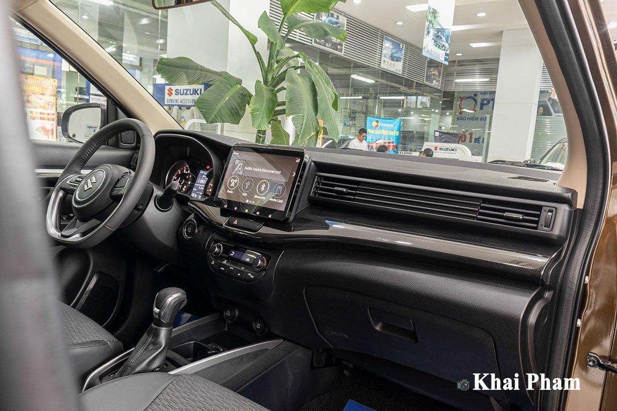 Trang bị trên Suzuki XL7 với giá niêm yết chưa đến 600 triệu đồng.