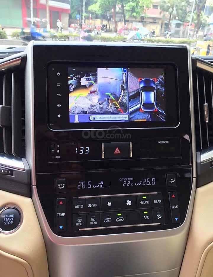 Cần bán xe Toyota Land Cruiser VX 4.6 V8 đời 2016, màu đen, nhập khẩu nguyên chiếc   (4)
