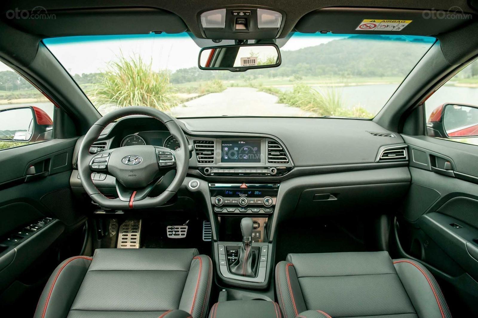 Bán Hyundai Elantra 2020 chỉ với 116 triệu nhận ngay Elantra tại nhà, tặng kèm phụ kiện chính hãng + giảm ngay 80 triệu (6)