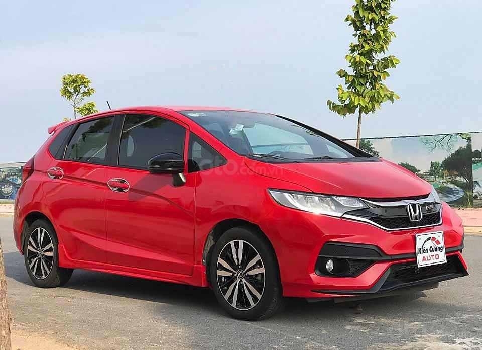 Cần bán lại xe Honda Jazz năm 2018, màu đỏ, nhập khẩu còn mới, giá tốt (1)