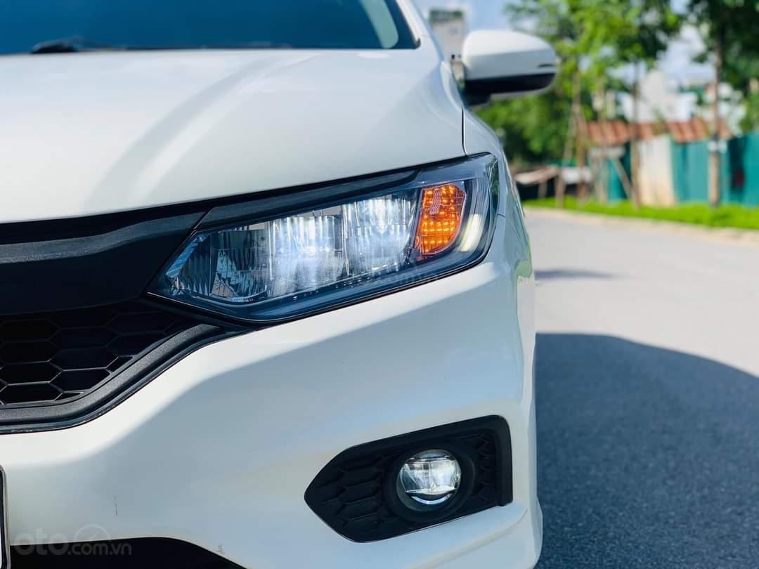 Cần bán gấp Honda City Top 1.5 AT sản xuất năm 2018, chính chủ Hà Nội (4)