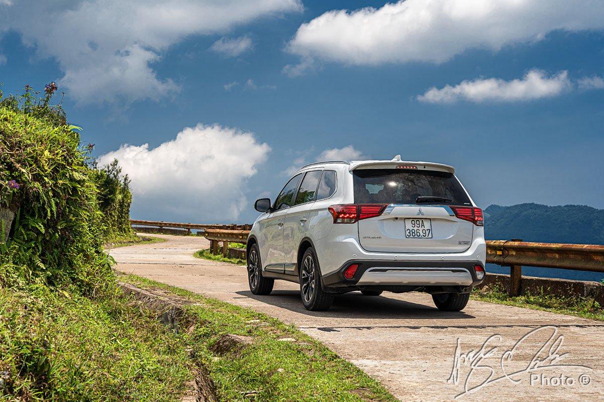 Hệ thống dẫn động 4 bánh 4WD hỗ trợ đắc lực cho Mitsubishi Outlander 2.4L CVT Premium 2020.