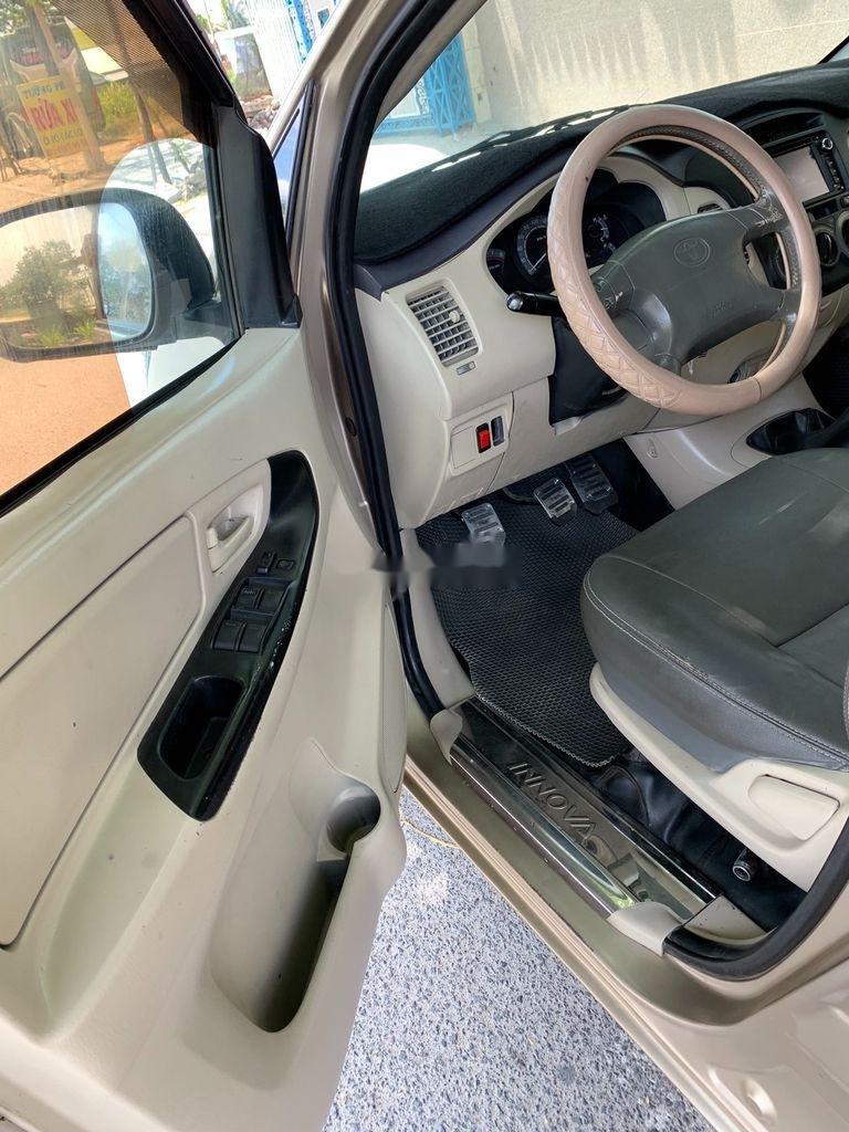 Cần bán lại xe Toyota Innova sản xuất 2007, giá 210tr (5)